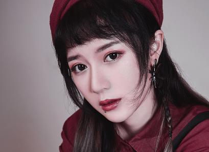 二次元少女刘安琪原创新单《麋鹿》 秋日恋物语